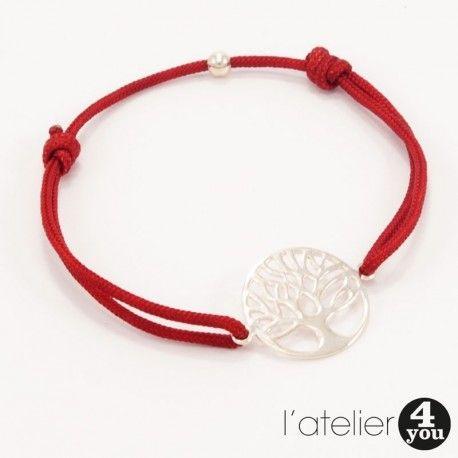 Bracelet cordon et médaille arbre de vie en argent 925. #bijoux #argent #argent925 #bracelet #collier #jonc #médaille #soie #perles #bague #toulouse #31 #foryou #4you #4you #cadeau #tendance #mode #femme #faitmain #surmesure Vous souhaitez en savoir plus : visitez le site de l'Atelier 4 You ! http://latelier4you.com/