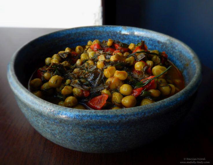 Mancare de mazare cu rosii.   Fresh peas and tomato stew