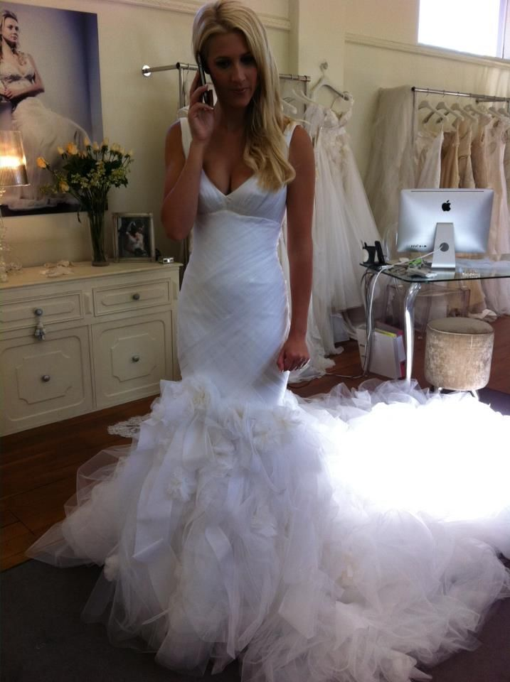 Sheath Wedding Dress : Pallas Couture