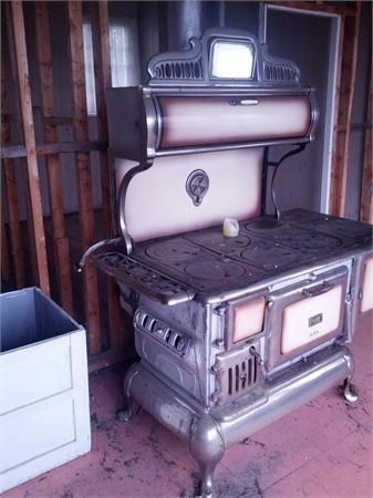 poele a bois dolbeau mistassini po les antiques. Black Bedroom Furniture Sets. Home Design Ideas
