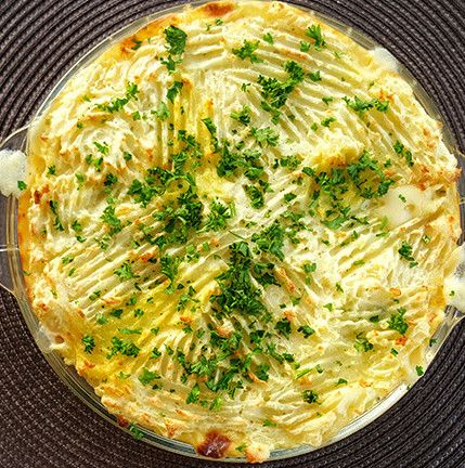 Cheesy recipe for Fish Pie with mashed potatoes Ingredients 6 – 7 pieces Hake, thawed 1 tin Tuna, drained ½ Onion, finely chopped Handful Parsley, finely chopped 3 Cups Milk […]