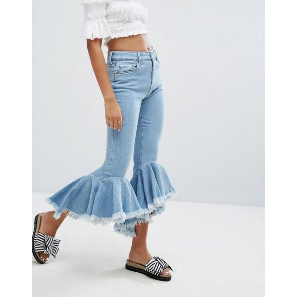 Bershka Cropped Kick Extreme Flare Jean (£45) ❤ liked on Polyvore featuring jeans, blue, skinny flared jeans, skinny jeans, cropped skinny jeans, flared jeans and tall jeans