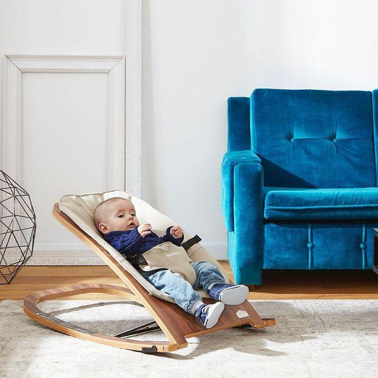 Diese funktionale Babywippe sorgt für Entspannung pur!  Schlichtes, stilvolles Design und hohe Funktionalität zeichnen die Babyhome Wave Rocker Wippe besonders aus. Der verstellbare Sicherheitsgurt gewährleistet stabilen Halt und sicheres Wippen Ihres Babys!