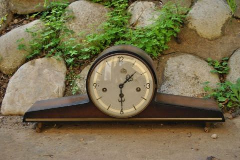 TickTockRepairs.co.za for repairs and services to clocks, mantle pieces and cuckoo's from all over South Africa