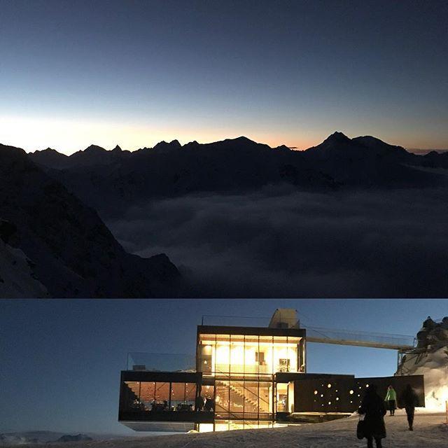 Yesterday evening @iceq_soelden  #summitdinner #soelden #sölden #iceq #jamesbond #spectre007 #overtheclouds #mountains #sunset #summit #peak #nature