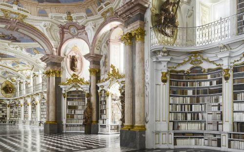 Dünyanın en muhteşem kütüphaneleri   İzmir'de Sanat