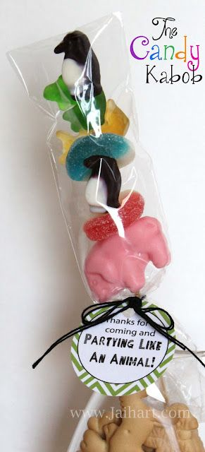 The candy kabob! My kids would love this. Great party favor.