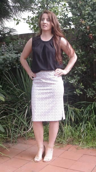 AARNA Pencil Skirt