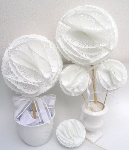make a topiary out of doilies paper