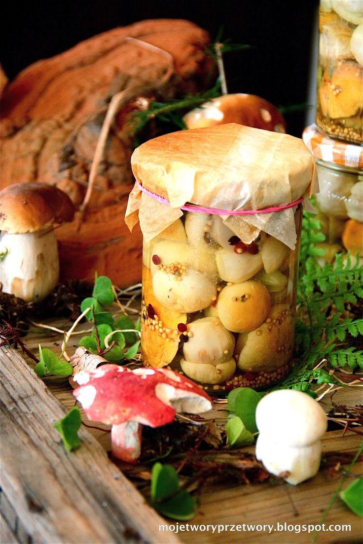 Borowiki marynowane z rozmarynem i jałowcem