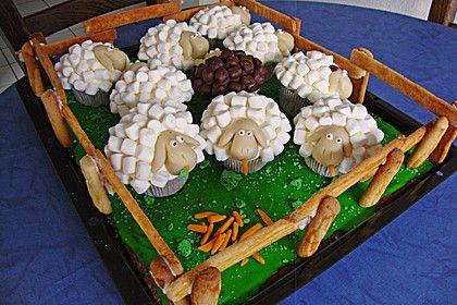 Cupcake-Schafe mit Marshmallow-Frosting, ein schönes Rezept aus der Kategorie Kuchen. Bewertungen: 141. Durchschnitt: Ø 4,4.