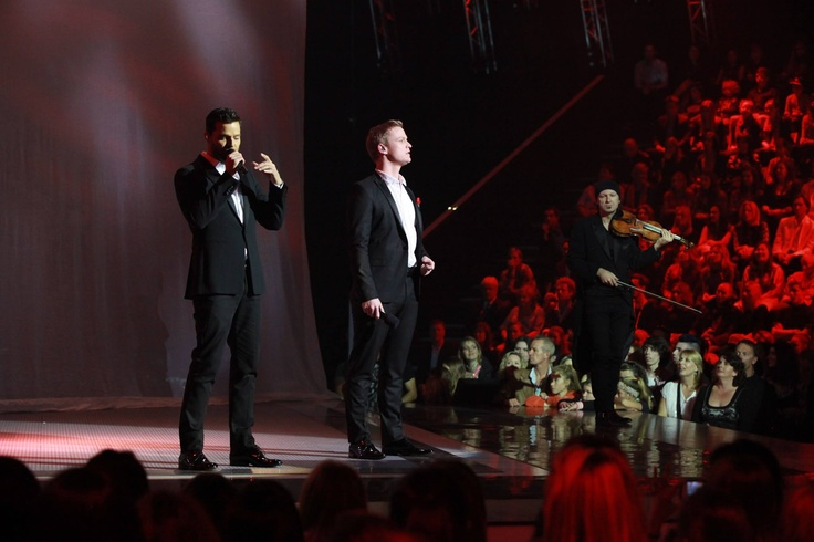 Ricky Martin performing with Luke