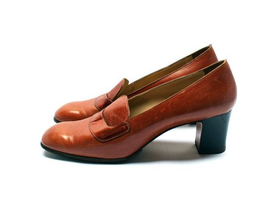 Retro leather heel shoes, Women brown pumps, Tawny brown heels mocassins, Size fr 39 / uk 5.5 / us 7.5, Made in Italy, Vintage 1950s