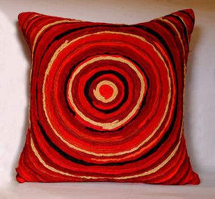 Katran Cushion : Round Line Pattern : Red Cushion Cover