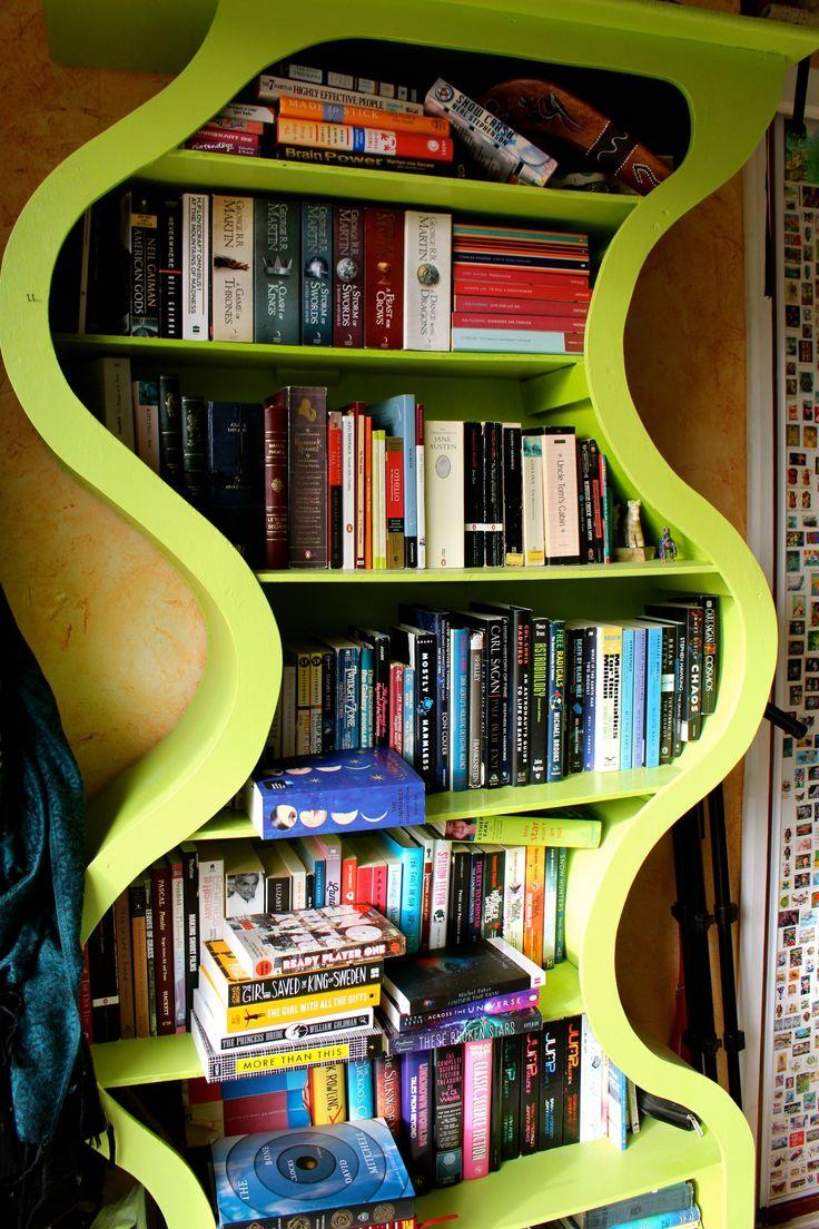 "readcommendations: ""Book Photography Challenge, day 12 - Bookshelf """