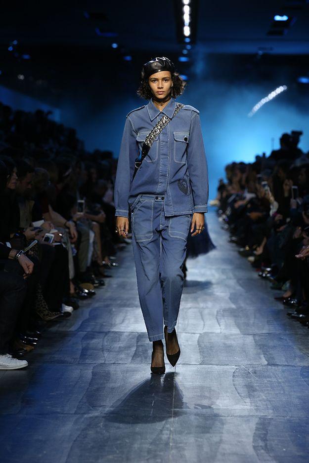 Три цвета: синий Christian Dior fw 17/18