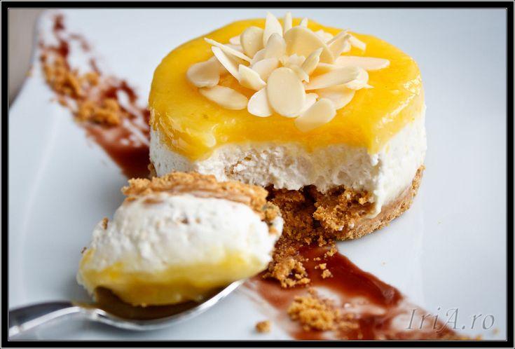 cheesecake fara coacere cu crema de lamaie si migdale
