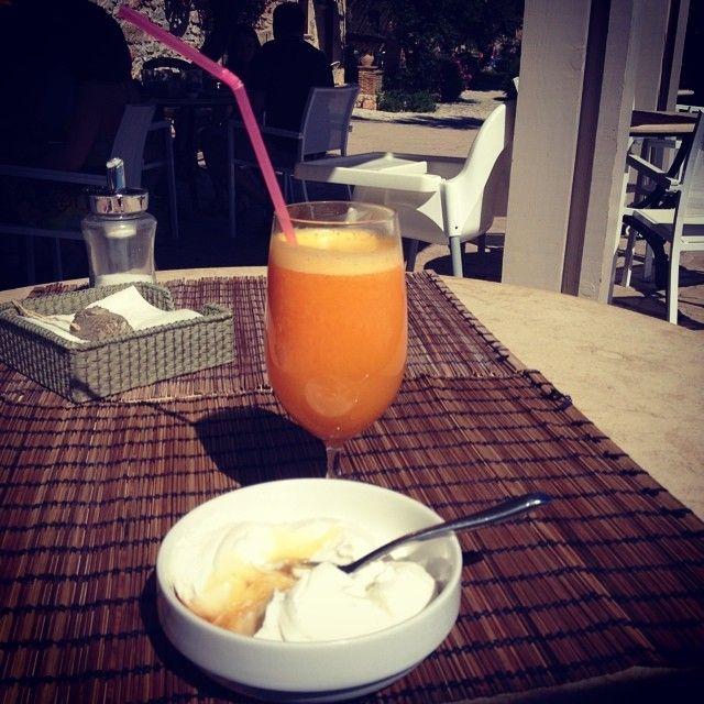 Just something for the start! #PaliokalivaVillage #Breakfast Photo credits: @lady2m