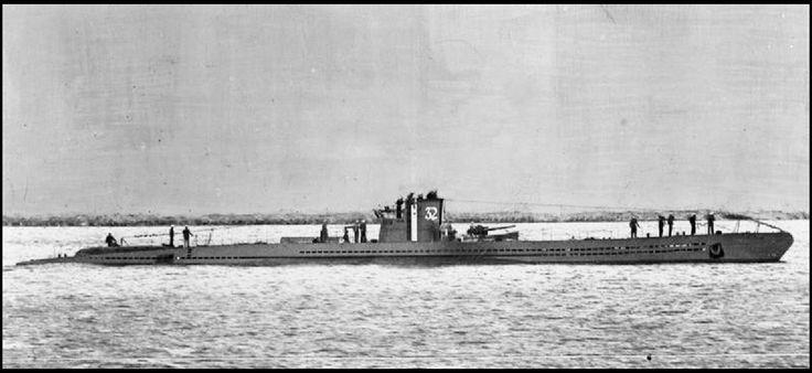 U-32 была потоплена 30.10.1940. Немецкая подводная лодка U-32 напала на британский корабль Бальзак (Balzac) в тропический шторм в 100 милях к северо-западу от Ирландии в 12.40, но торпеда взорвалась преждевременно, встревоженные моряки Бальзака  призвали на помощь британские эсминцы HMS Harvester и HMS Highlander. Они атаковали и повредили U-32 глубинными бомбами. В 19.08 часов, U-32 всплыла, в попытке бежать, но экипаж HMS Highlander обнаружил подлодку, несмотря на...