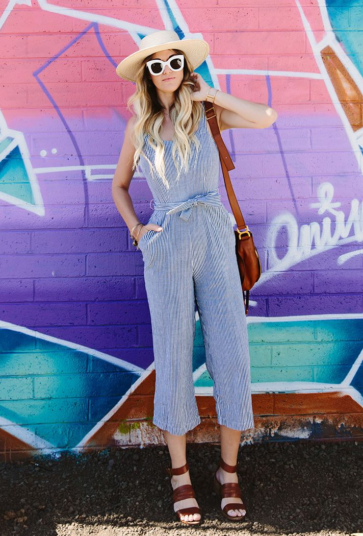 Browse the best summer jumpsuit inspiration and products | 'Dash of Darling' blogger @caitlinclairexo in cropped seersucker jumper