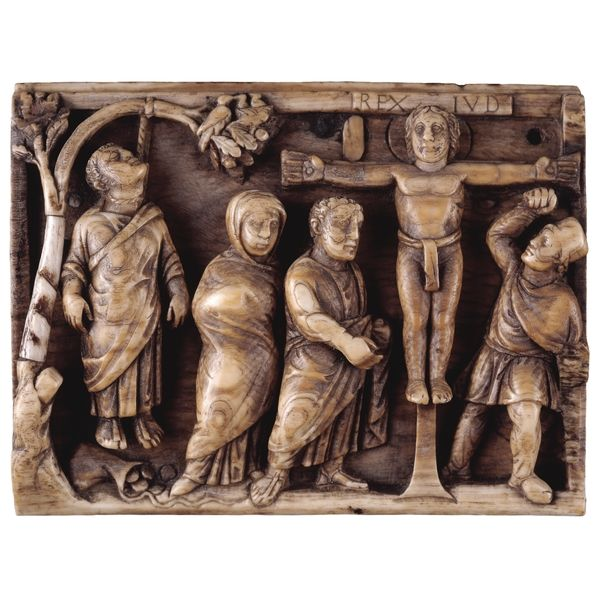 IVORY CARVING: Panel from an ivory casket: the Crucifixion of Christ. Late…