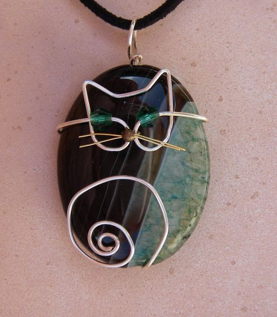 Wire Cat on Green Agate Pendant