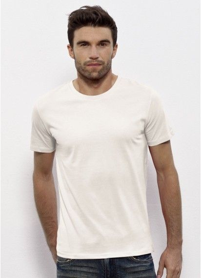 Old mate classic style men's t-shirt in Vintage White. This men's tee is fair trade and made in Bangladesh/Turkey from 100% organic cotton. #organiccotton #fairtrade #ethicaltees