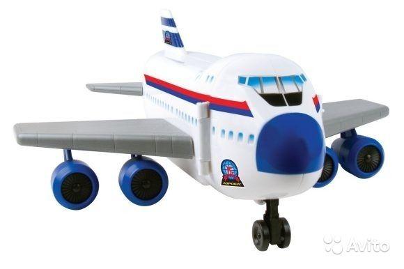 Продам Набор-трансформер Самолет - Аэропорт0 http://kovrov.city/wboard-view-3210.html  Набор-трансформер Самолет - Аэропорт - это игрушка 2 в 1. Большой самолет раскладывается и трансформируется в аэропорт с треком двойного заезда.Характеристики:топливно-заправочный комплекс,взлетно-посадочная полоса,станция технического обслуживания.Комплектность: металлическая машинка, металлический самолетик.Новый в коробке даже не распечатывали.Размер: самолет - 41х12х15 см, аэропорт - 41х34х15 см. Нам…