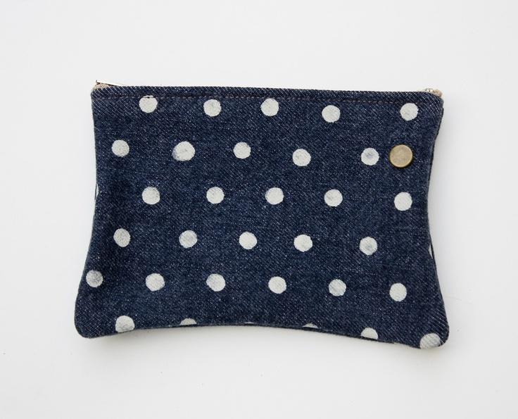 polka dot denim zipper pouch: Polka Dots, Women Bags, Diy Bags, Hey Dots, Denim Zippers, Dots Denim, Dots Dots, Handbags Lust, Bags Ladies