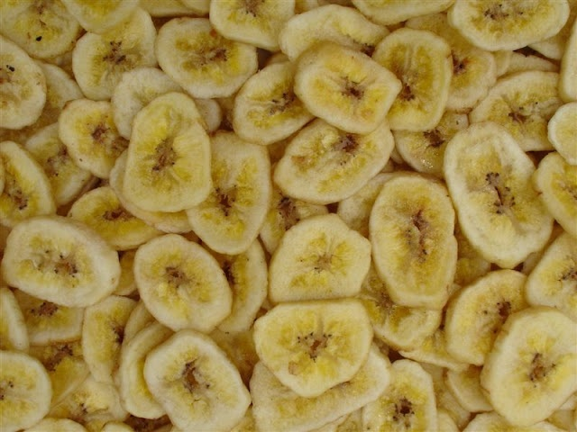 Home made banana chips - I would think these would be much healthier than the ones u buy