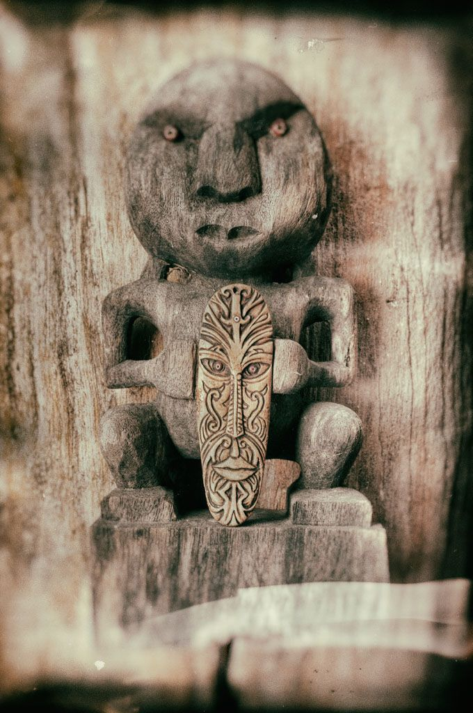 Maori talisman carving with woolly mammoth ivory amulets © 2016 Bali Charm