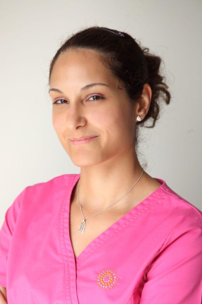 Χαρά | μαία, συντονίστρια προγραμμάτων εξωσωματικής Chara | ivf nurse http://gennima.com/el/gennima/people/nurses #gennima #ivf