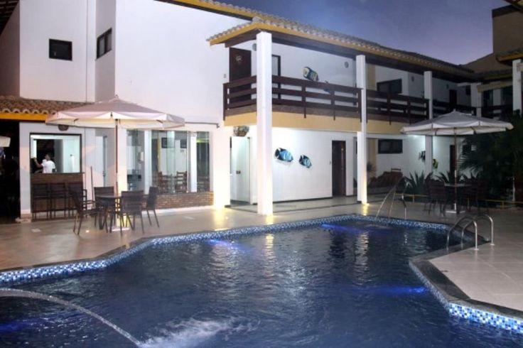 Bem localizado, todo completo e em pleno funcionamento.  Veja mais aqui - http://www.imoveisbrasilbahia.com.br/porto-seguro-hotel-na-orla-de-a-venda