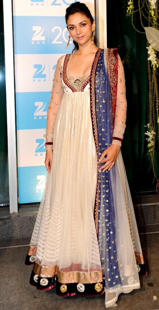Aditi Rao Hydari in white floor length anarkali #salwaar kameez #chudidar #chudidar kameez #anarkali #anarkali suits #dress #indian #outfit #shaadi #bridal #fashion #style #desi #designer #wedding #gorgeous #beautiful