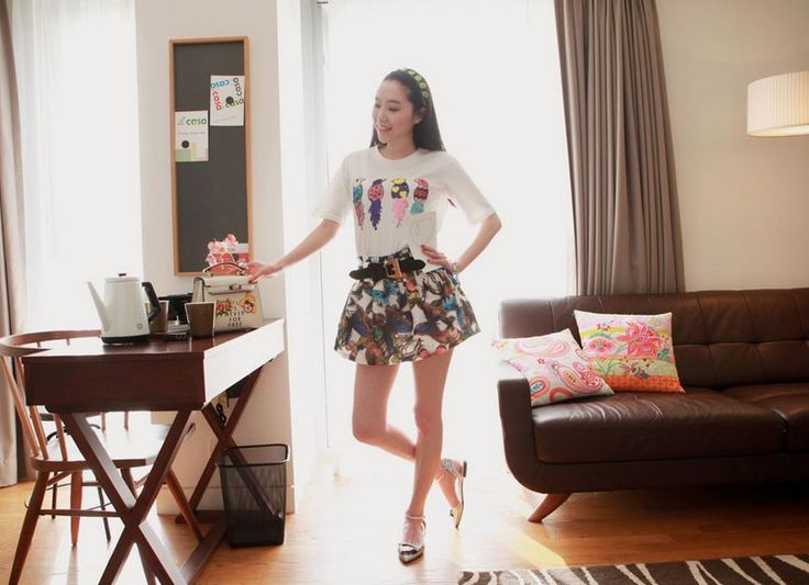 Korea feminine clothing Store [SOIR] butterfly Skirt / Size : Free / Price : 54.41USD #korea #fashion #style #fashionshop #soir #feminine #special #lovely #skirt #Aline #cute
