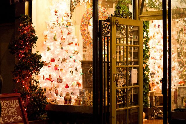 Christmas in San Francisco's Nob Hill