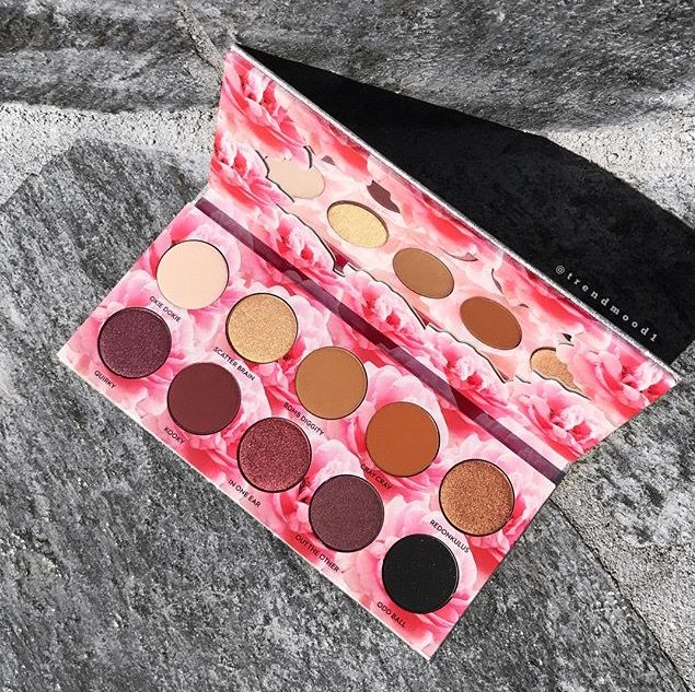 """Laura Lee's Eyeshadow Palette """"Cats Pajamas"""" coming October 13th"""