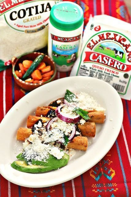 Good garnish ideas...The best turkey crispy tacos are the one topped with Queso Casero®️️️️️️️ from El Mexicano®️️️️️️️ Brand. Check the step by step recipe to create these delicious tacos at home.