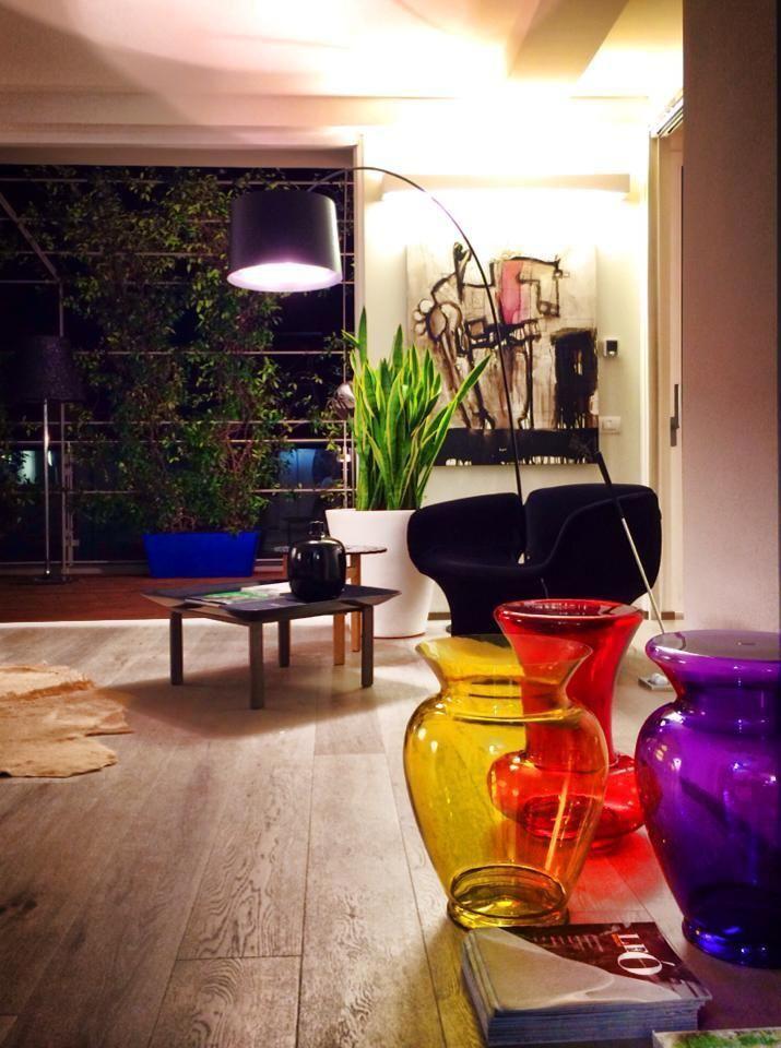 Vasi colorati per rallegrare l'ambiente! #attico #brescia