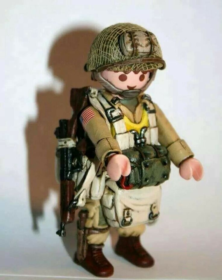 82nd Airborne in Normandy... Playmobil!