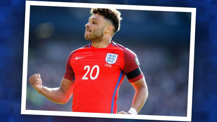 Liverpool make first move for Arsenal star Alex Oxlade-Chamberlain as Chelsea and MC