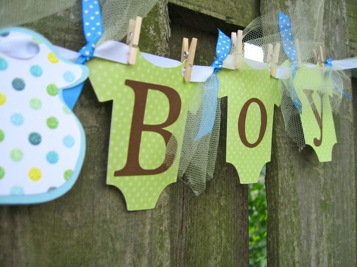 17 best images about clothesline baby shower theme on for Baby clothesline decoration
