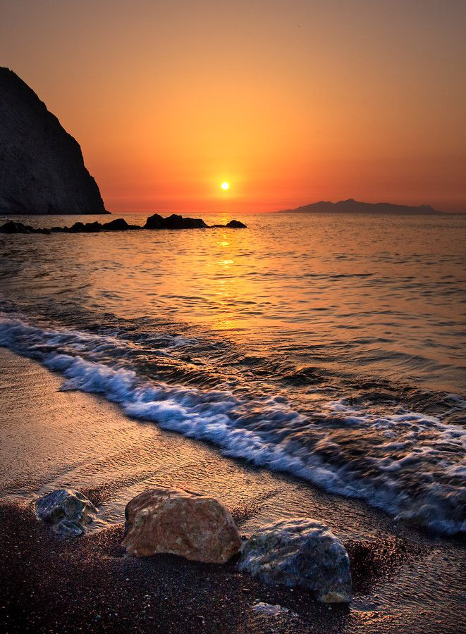 Ask our concierge to show you the best spot to see Sun rising out of the sea in Perissa, Santorini island, Greece. - selected by www.oiamansion.com