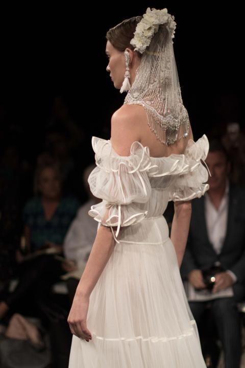 84a0d4653f5d Naeem Khan Bridal Fall 2018   Wedding Style Inspiration   LANE