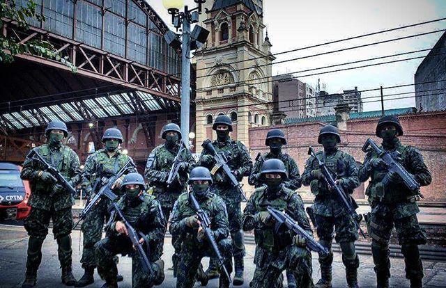 #airsoft #airsoftinternational #airsoftbrasil #airsoftsports #ares #hk #g36 #m4 #honeybadger #am014  #cybergun #m870 #fnherstal #p90 #echo1usa #remington #m28 #classicarmyusa #springfield #m14 #mk14 #army #kimber #r28 #m1911 #pistol #shotgun #rifle #dmr #sniper