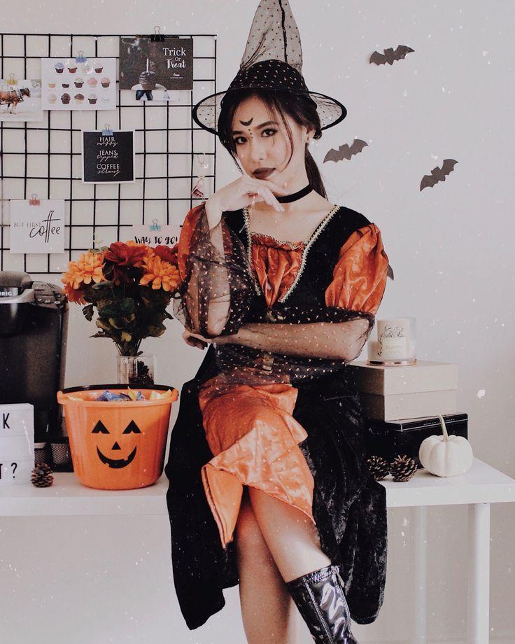 ↠ Hocus pocus, I need wine to focus! 🎃 // instagram: @jessienuqui 🍂 #halloween #halloween2017 #halloweencostume #treats #trickortreat #witch