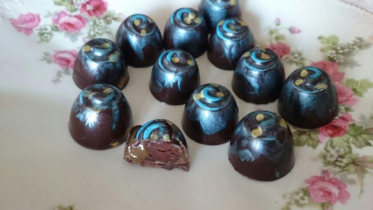 Cacao Tanzania 75 %,toffe, ganache xocolata 75 %.