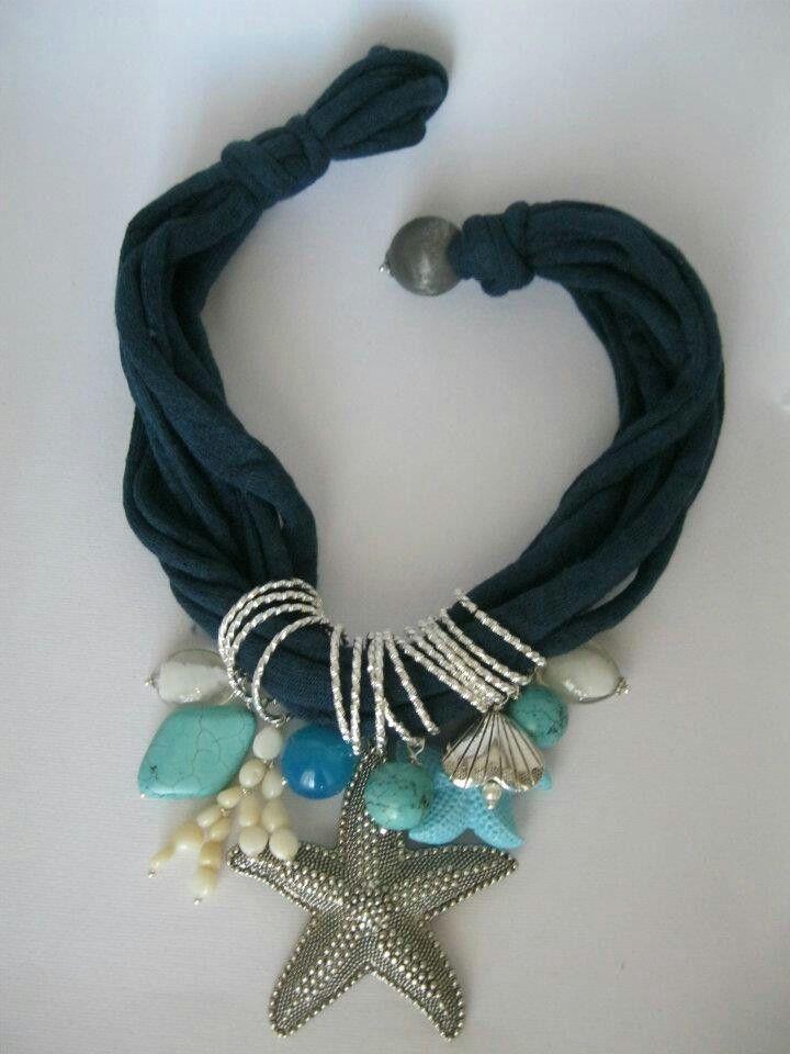 Collana di fettuccia con turchesi, agata, corallo bambù, vetro e argentone. Notedizucchero.blogspot.com
