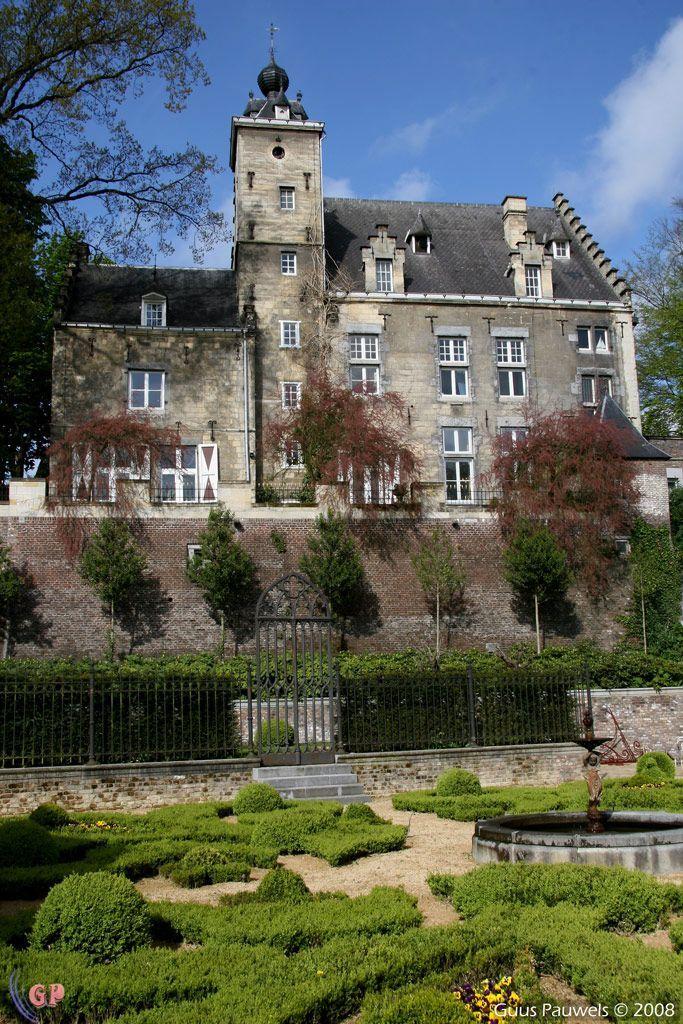 Huis De Torentjes, Maastricht, Zuid-Limburg. #visitholland #travel
