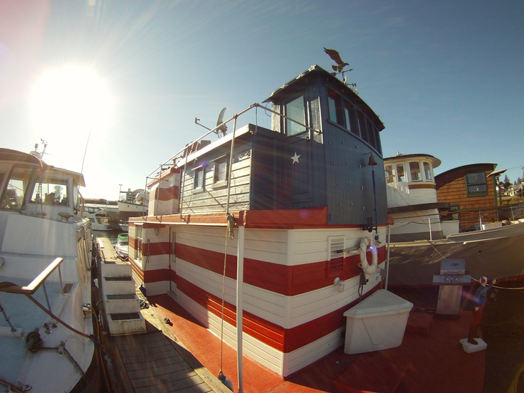Seattle Houseboat Is Devoted To Houseboats And Floating Homes On Lake Union  In Seattle, Washington. Browse All Of Our Floating Residence Listings And  Click ...